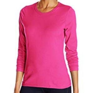 Gap Casual Essential Solid Long Sleeve Top in Pink